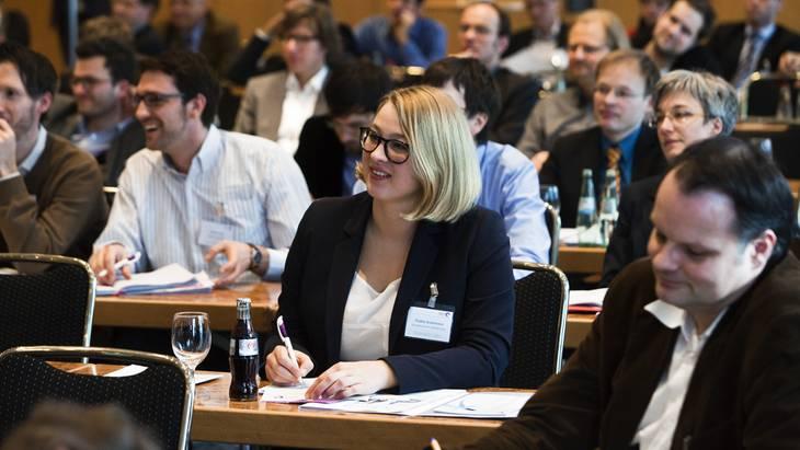 Mehr als 250 Teilnehmer verfolgten die Diskussionen mit großem Interesse (Foto: Rolf Schulten)